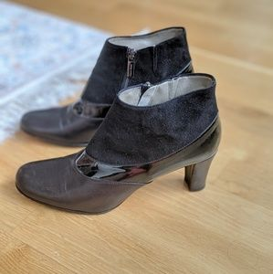 TARYN ROSE patent leather suede Bootie sz 7